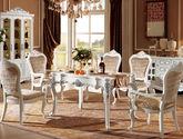 100%实木框架 菱格压花绒布 虎爪型椅脚 法式风格 无扶手餐椅