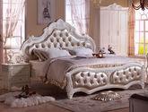 天然实木框架 透气珠光皮艺软包 欧洲拉扣工艺 立体玫瑰雕花 纯手工描银 法式风格1.8米床